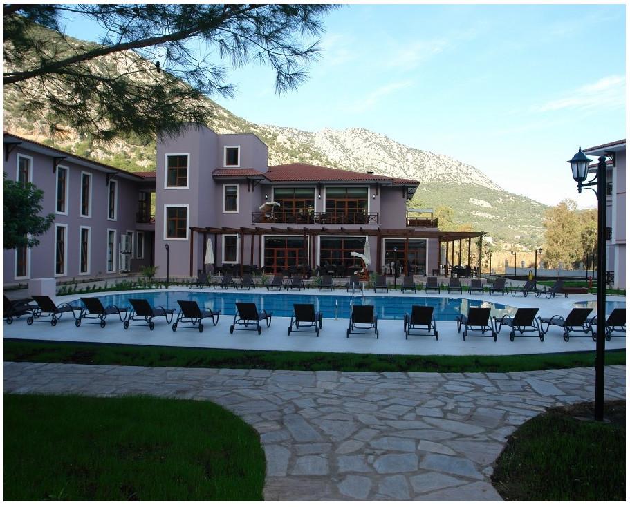 Adrasan Akdeniz üniversitesi oteli